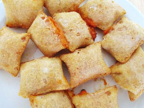What Are Pizza Rolls