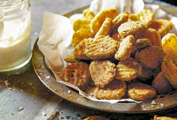 How To Reheat Fried Pickles