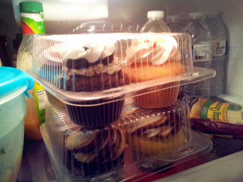 How to Store Frosted Cupcakes